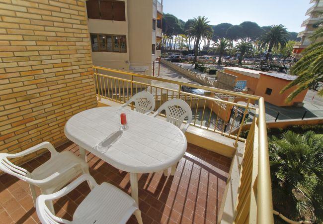 Apartamento en La Pineda - TURISMAR - CYE 5