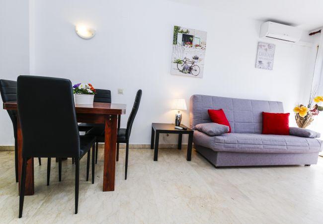 Apartamento en La Pineda - TURISMAR - AQUA MARINA - A
