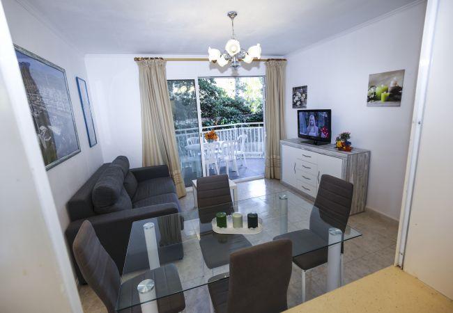 Apartamento en La Pineda - TURISMAR - CYE 1